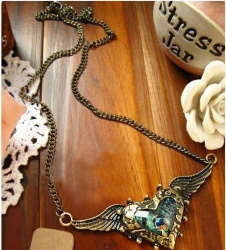 Cool Hawk Pendant Necklace Flying Eagle Chain New