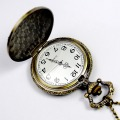 Retro Bronze Engraved Cover Spiderweb Men Women Electronic Quartz Pocket Watch