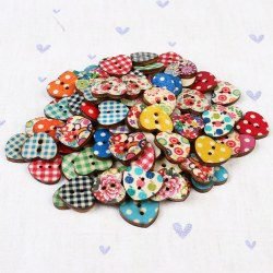 100pcs Fashion Wood Bottons Heart Shape 2 Holes Fasteners Bottons DIY Sewing Fastener
